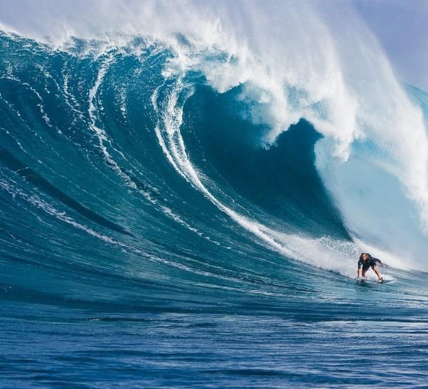 laird-hamilton-surf